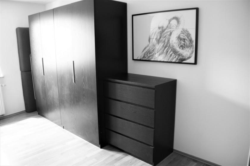 Ankleidezimmer minimalistisch