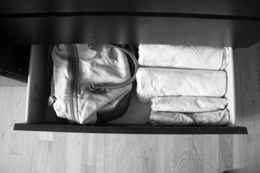Taschen in Taschen packen